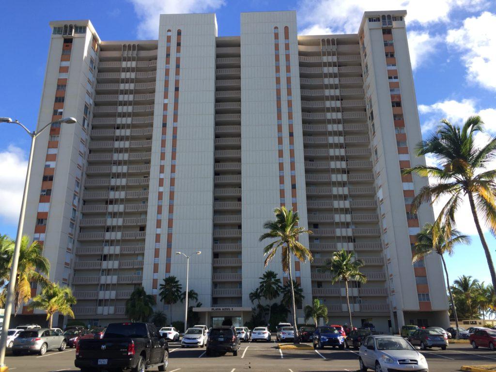 Playa sol y disfrute en luquillo puerto rico hola soy rey for Apartamentos playa azul