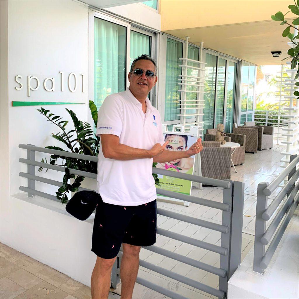 Hola soy Rey en el Hilton Bentley en Miami Beach Florida